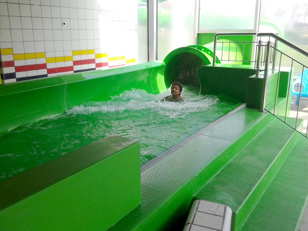 Zwembad De Fakkel : Zwembad de fakkel ridderkerk netherlands